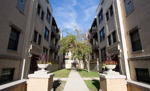Apartments Near Saint Xavier 5411-5421 S. Ellis Avenue for Saint Xavier University Students in Chicago, IL