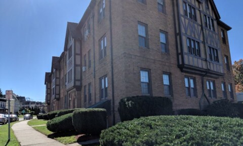 Apartments Near Charter Oak 9 Vine st for Charter Oak State College Students in New Britain, CT