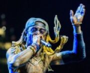Lil Wayne Lights Up Tallahassee