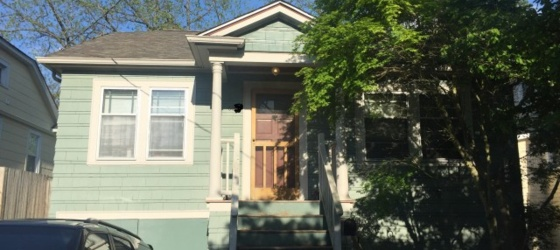 Perfectly Located Craftsman Home amazing neighborhood minutes from UW