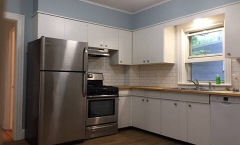 Houses Near West Nyack Gorgeous 2 Bed Apt 1st Fl. in Private Home- Small Pets- Parking- W/D- Located in Pleasantville for West Nyack Students in West Nyack, NY