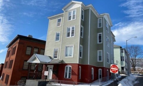 Apartments Near Worcester Gage St for Worcester Students in Worcester, MA