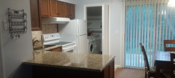 Female to share 2BDR condo-Carrboro