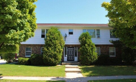 Apartments Near Lakeland 1505 N 23rd St for Lakeland College Students in Plymouth, WI