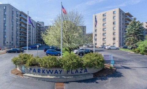 Sublets Near Penn State Re-let Large 1bed1bath Parkway Plaza for Penn State University Students in University Park, PA