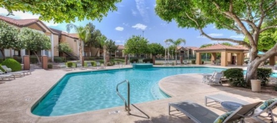 Beautiful 2bd 2bath near US 60/I-10 and close to ASU