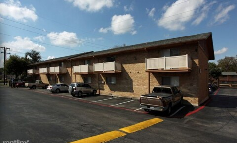 Apartments Near UT Dallas 1000 W Spring Valley Rd for University of Texas at Dallas Students in Richardson, TX