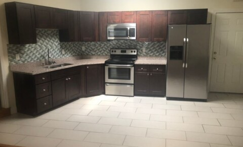 Apartments Near UMass-Dartmouth 5 Child St 3 for University of Massachusetts Dartmouth Students in North Dartmouth, MA