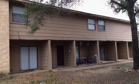 Apartments Near Texas A&M 204 Lincoln Ave for Texas A&M University Students in College Station, TX