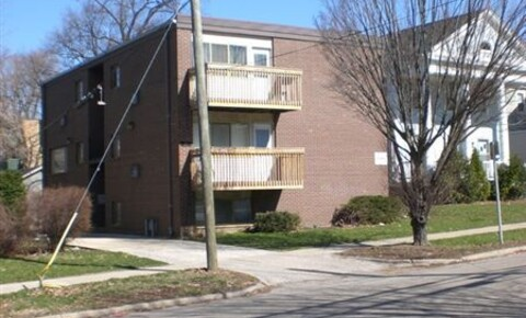 Apartments Near EMU 817 Arch St for Eastern Michigan University Students in Ypsilanti, MI