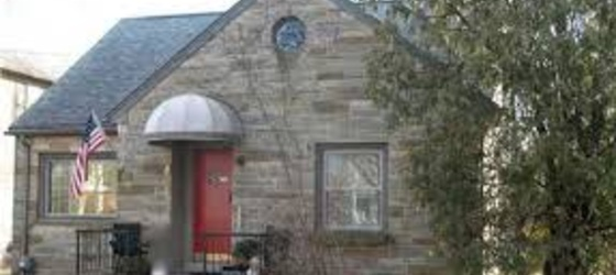 Cute home near downtown for sublet/rent
