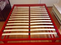Queen Size Red Metal Platform Bed Frame with Wood Slats