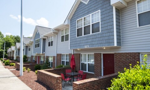 Apartments Near Cary University Suites for Cary Students in Cary, NC