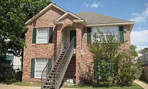 Apartments Near Charles and Sues School of Hair Design 3311B Forestwood Dr for Charles and Sues School of Hair Design Students in Bryan, TX