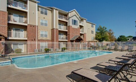 Apartments Near Professional Massage Training Center Coryell Crossing for Professional Massage Training Center Students in Springfield, MO