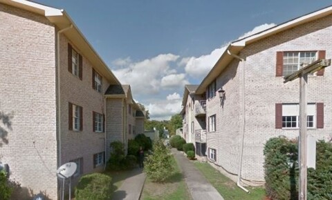 Apartments Near Marshall 16 Greenwood Dr for Marshall University Students in Huntington, WV